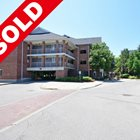 SOLD - TRENDY 2 BEDROOM MISSISSAUGA CONDO