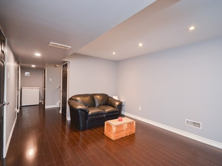 SOLD - END UNIT TOWNHOUSE, WALKING DISTANCE TO BCC 10776 for sale 22 craigleigh crescent   end unit townhouse 010