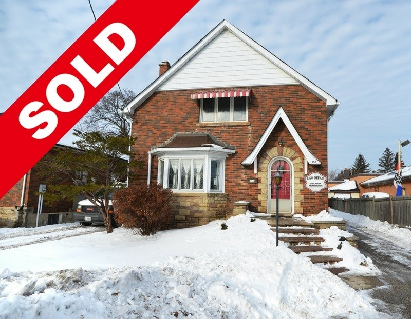 SOLD FOR SALE IN DOWNTOWN BRAMPTON - LIVE AND WORK FROM HOME